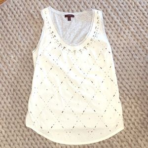 Tank- woven front